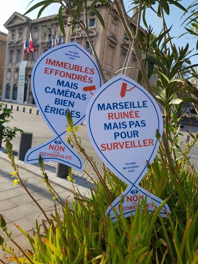 Action menée le 1er avril 2021 au Vieux-Port par le groupe Technopolice Marseille